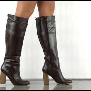 Report Saco Leather Knee High Boots Size 8